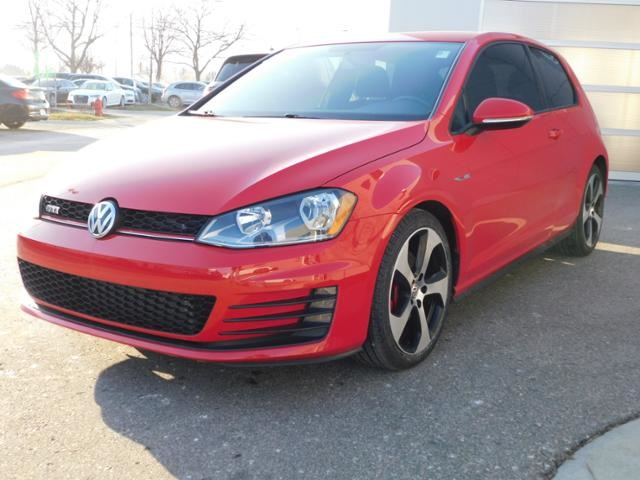 Pre-Owned 2015 Volkswagen Golf GTI 2.0T S