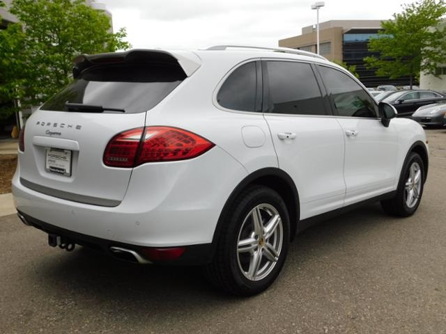 Certified Pre-Owned 2014 Porsche Cayenne Platinum Edition